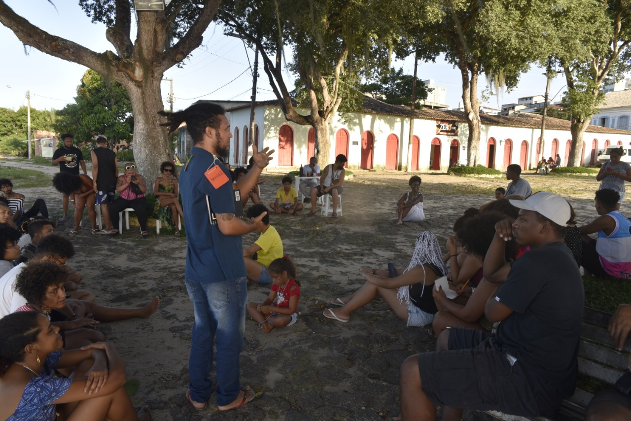 EM SÃO MATEUS, JUVENTUDE DEBATE AVANÇOS E DESAFIOS DA COMUNIDADE NEGRA