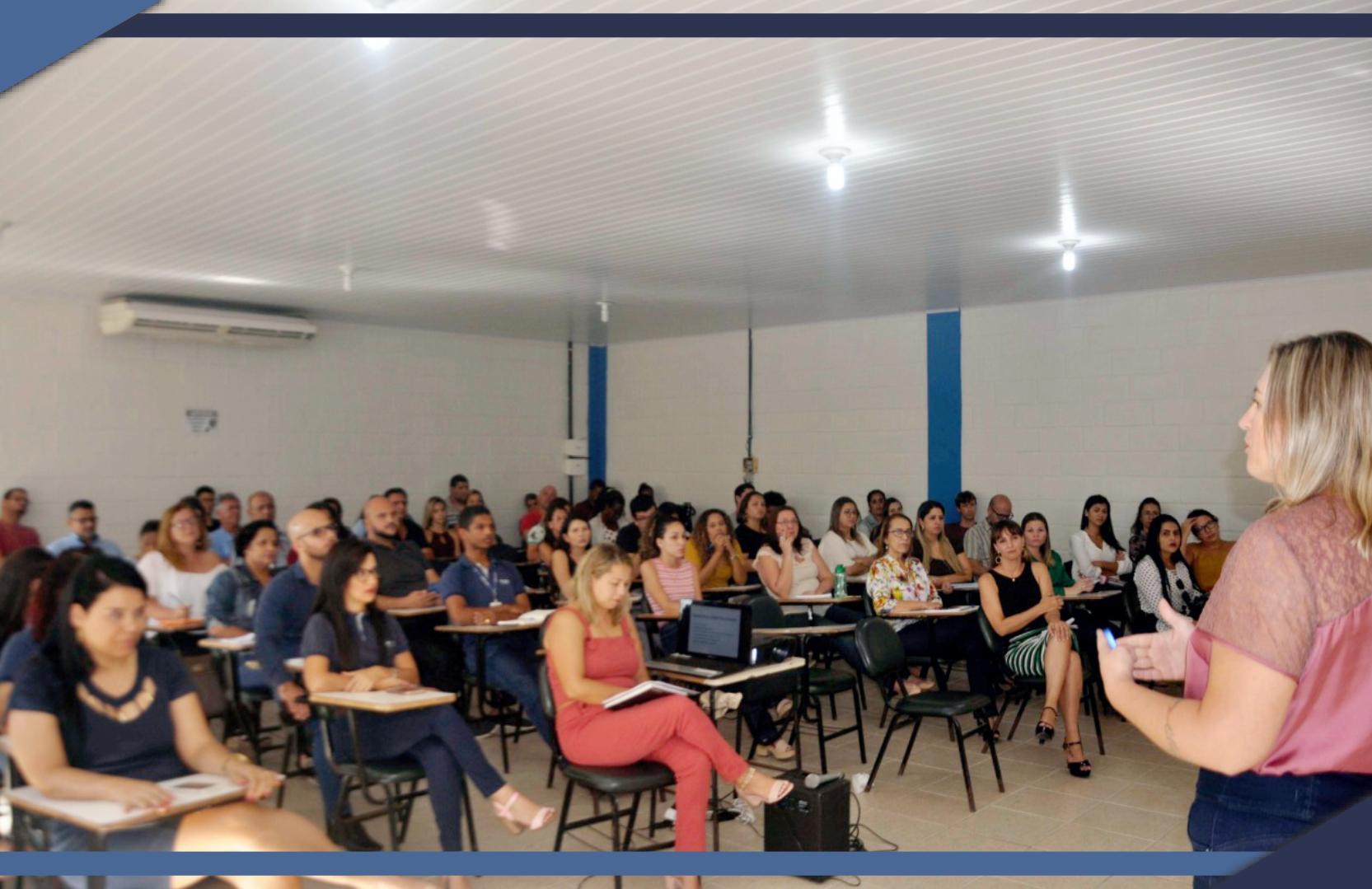 EM FORMA DE BATE-PAPO, CONTROLADORIA MUNICIPAL REALIZA EVENTO SOBRE CONTROLE E TRANSPARÊNCIA NOS PROCEDIMENTOS ADMINISTRATIVOS
