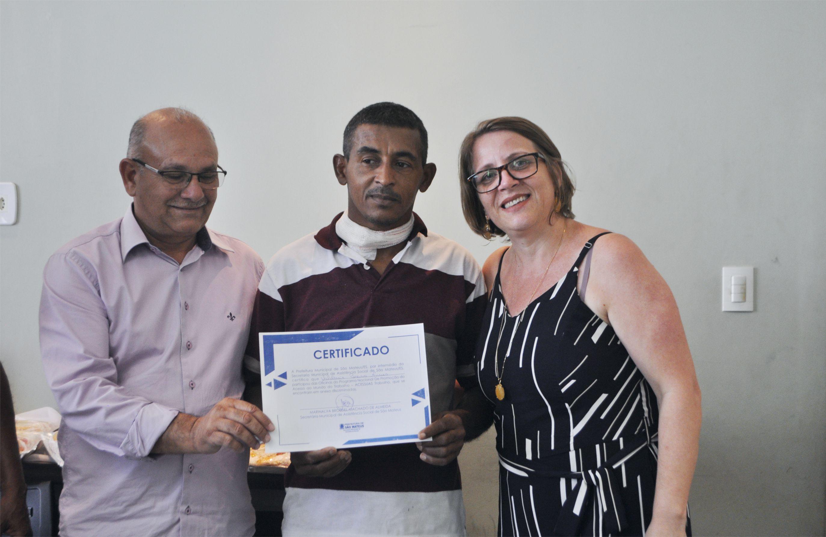 PMSM Entrega Mais De 100 Certificados De Qualificação Profissional