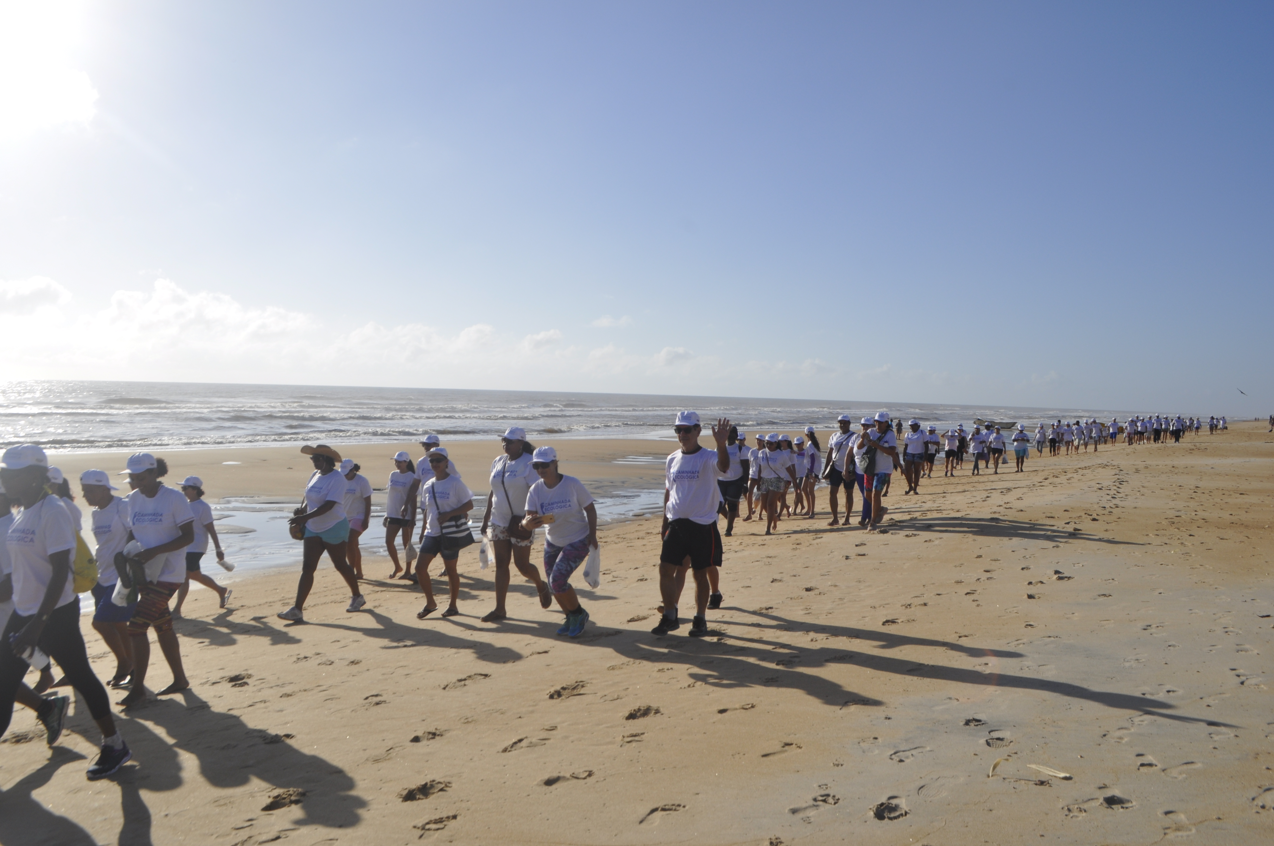 PMSM Realiza Caminhada Ecológica Com Mais De 200 Pessoas Em Guriri.