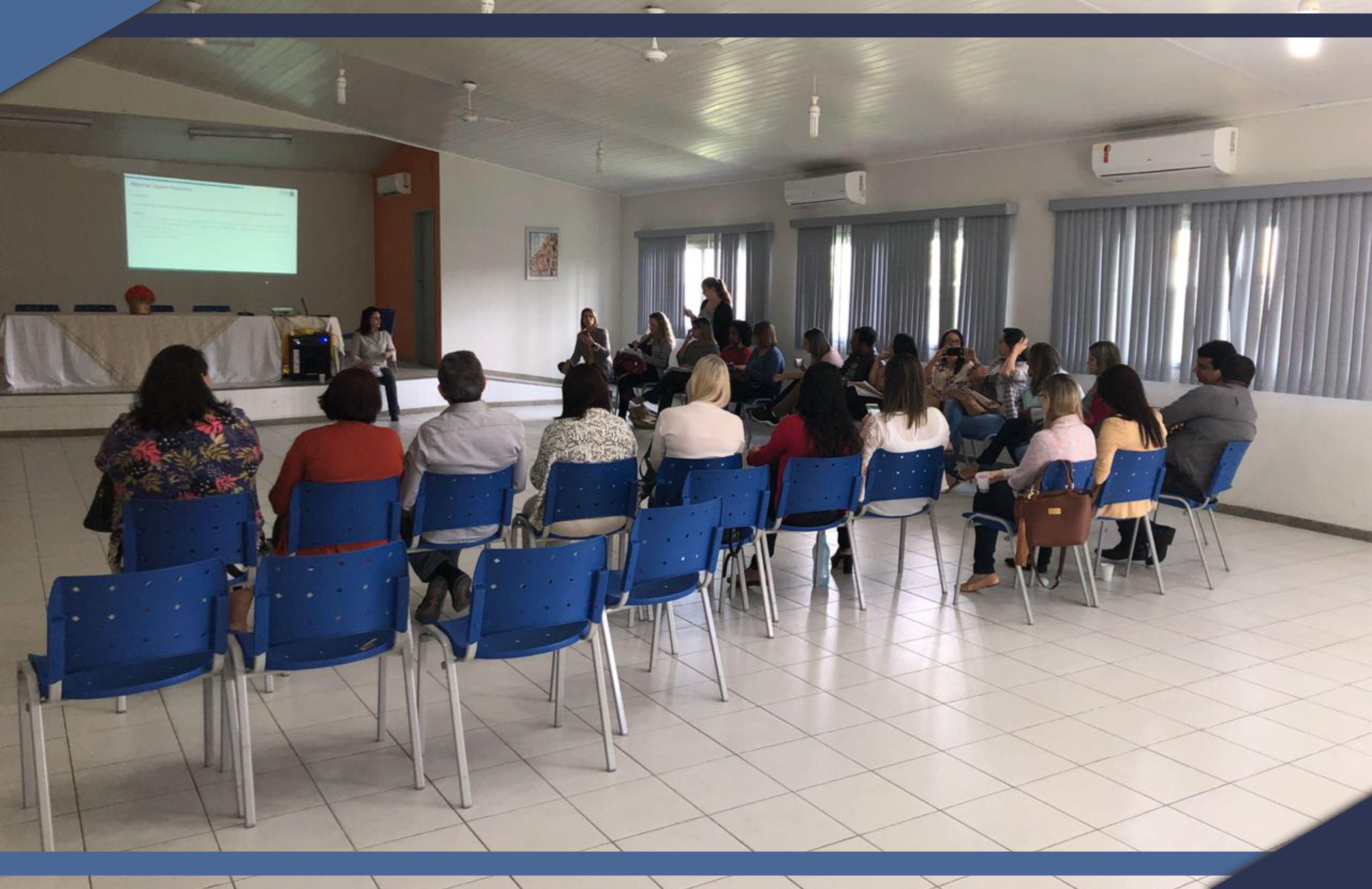 Secretaria de Municipal de Assistência Social participa de reunião organizada pela Secretaria de Estado do Trabalho, Assistência e Desenvolvimento Social juntamente com a equipe do IASES