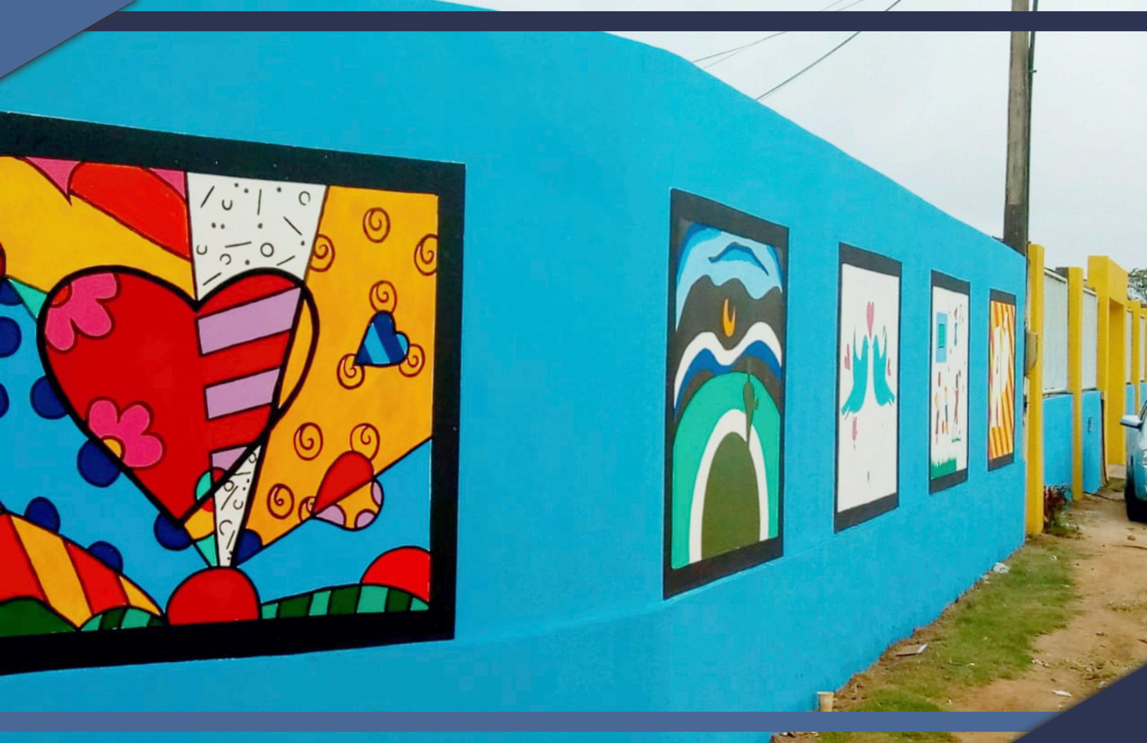 Estudantes revitalizam muro de Escola Municipal em Guriri